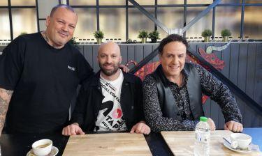 Ο Χάρης Ρώμας και ο Μάκης Παπαδημητρίου δοκιμάζουν συνταγές στο Food n' Friends