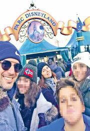 Αντώνης Βλοντάκης-Κορίνα Στεργιάδου: Απόδραση στο Παρίσι με τα παιδιά τους! (pics)