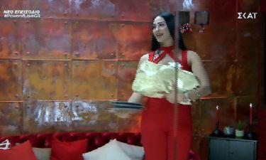 Power of Love: Ο Αντώνης γέμισε τη Ρένια με δώρα στο κόκκινο δωμάτιο!