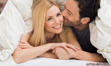 Φτιάξε ρομαντική ατμόσφαιρα για να ξυπνήσεις τον αισθησιασμό του!