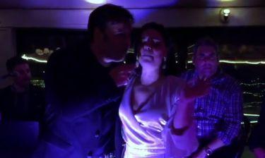 Ασλάνογλου-Πέππας: Το «έκαψαν» στο πάρτι μετά τη βάπτιση του γιου τους! (vid)