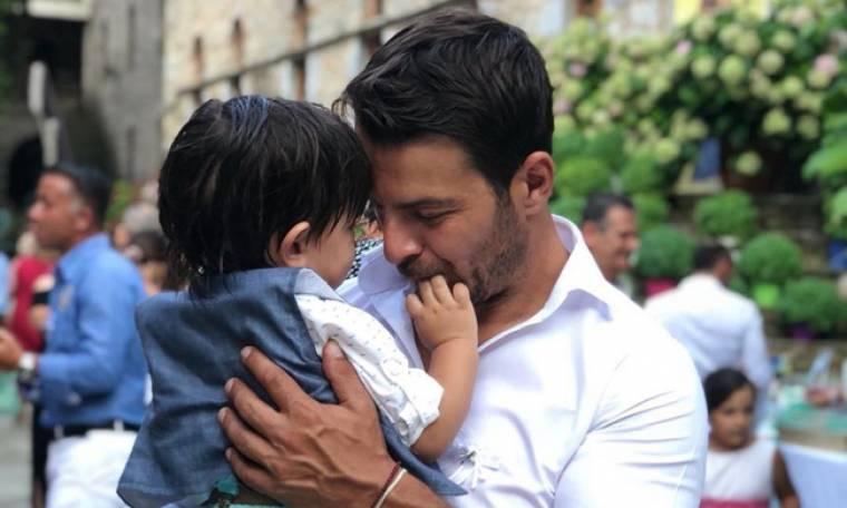 Γιώργος Αγγελόπουλος: Η πατρότητα του πάει πολύ και ιδού 6 φωτογραφίες που το αποδεικνύουν (pics)