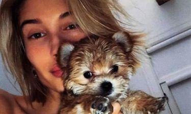 Οργή των fans κατά της Hailey Βieber: Τα videos που πυροδότησαν την κατακραυγή