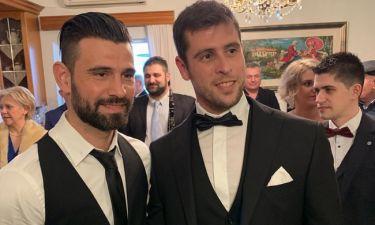 Ένας... Survivor γάμος! Ο Γιάννης Τσίλης παντρεύτηκε και ήταν όλοι οι συμπαίκτες του εκεί! (pic+vid)