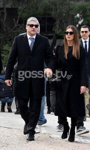 Θέμος Αναστασιάδης: Ήταν όλοι εκεί στο «τελευταίο αντίο» (pics+vid)