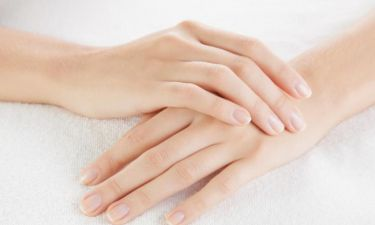 Ανακαλύψαμε τα μαγικά προϊόντα για χέρια χωρίς ρυτίδες