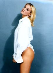 Γιάννα Νταρίλη: Η ξανθιά γυμνάστρια των 90s ζει μια καινούργια ζωή!
