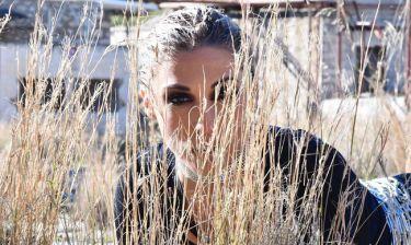 Δείτε το ανατρεπτικό video clip της Μαρίας Καρλάκη