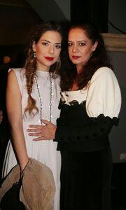 Ηλιάνα Μαυρομάτη: «Η μητέρα μου με αγαπά πολύ και δεν με αντιμετωπίζει ως αυστηρός κριτής»