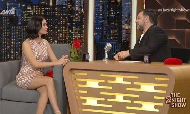 The 2Night Show: Ο Αρναούτογλου αποκάλυψε πόσα χρόνια και από πού γνωρίζει την Αμανατίδου!