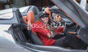 Μάγκι Χαραλαμπίδου: Στυλάτη  και με εντυπωσιακό αυτοκίνητο στην Κηφισιά