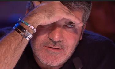 Οι αντιδράσεις του Simon Cowell είναι όλα τα λεφτά!