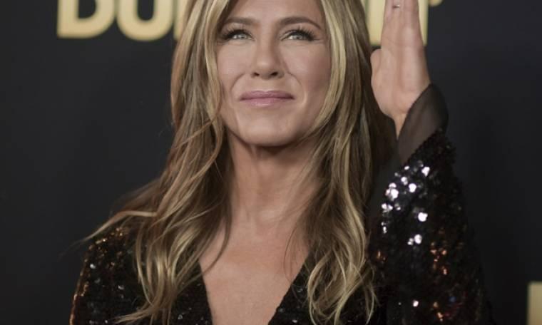 Η Jennifer Aniston είναι και πάλι μαζί με πρώην της αλλά δεν είναι ο Brad Pitt