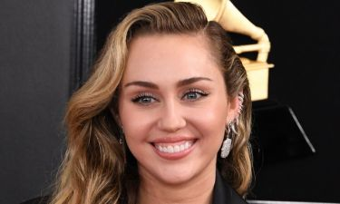Full in love η Miley Cyrus