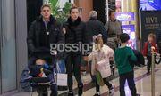 Μαριέτα Χρουσαλά-Λέων Πατίτσας: Βόλτα με τα παιδιά τους