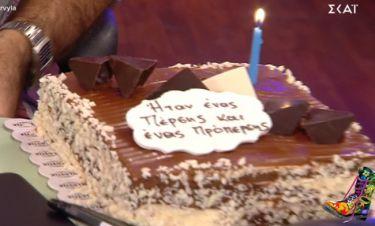 Μέλος των «Ράδιο Αρβύλα» είχε γενέθλια-Η τούρτα στο πλατό