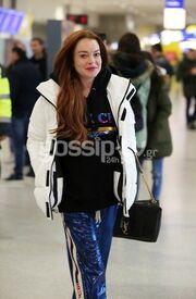 Lindsay Lohan: Στην Αθήνα με casual look