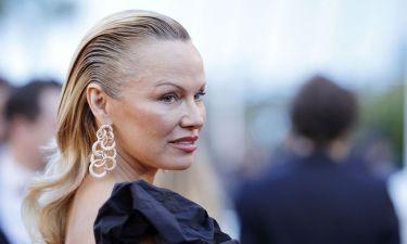 Pamela Anderson: «Δεν παρακολουθώ απονομές βραβείων, είναι χάσιμο χρόνου»