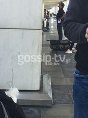 Μάκης Παντζόπουλος: Στο αεροδρόμιο με την μικρή κόρη της Ελένης