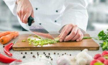 Συγκλονίζει Έλληνας σεφ! Το βαρύ χειρουργείο και τα κιλά!