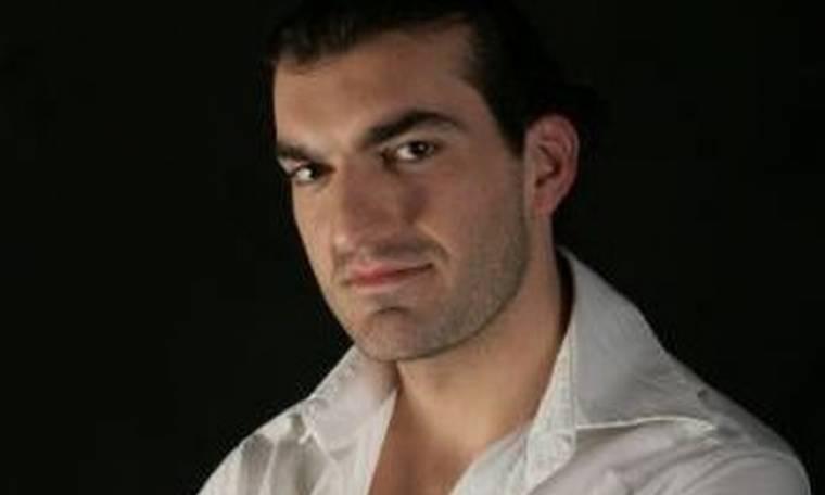 Βασίλης Γιακουμάρος: Οι απαιτήσεις του ρόλου του στα «Χτυποκάρδια» και η ταύτιση με τον Κωνσταντίνου