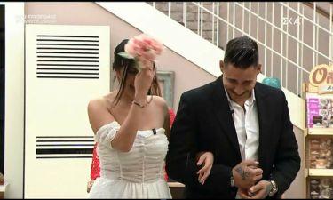 Power of love gala: Γάμος στο σπίτι της αγάπης