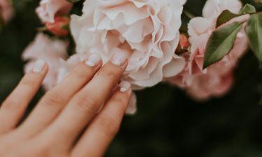 Spring nails: Υπέροχα ανοιξιάτικα σχέδια για τα νύχια σου