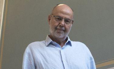 Γιάννης Χουβαρδάς: «Νομίζω ότι στο ελληνικό θέατρο υπάρχει μια μικρή άνοιξη»