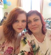 Δείτε την Ξανθούλα του GNTM αγκαλιά με τη μητέρα της