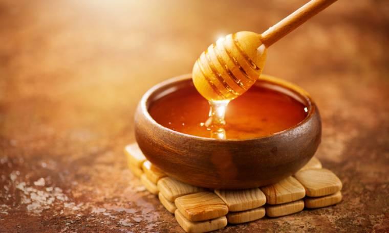 Μέλι: Τα οφέλη για την υγεία από την καθημερινή κατανάλωση (video)