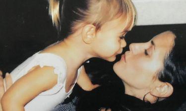 Η 14χρονη κόρη της Monica από τα «Φιλαράκια» εντυπωσιάζει με τη φωνή της