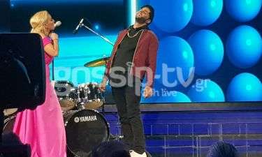 YFSF: Ο Ίαν Στρατής έγινε ο Weeknd και τα...έσπασε επί σκηνής