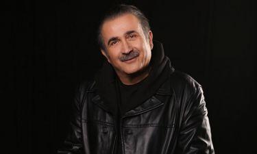 Ο Λάκης Λαζόπουλος «ξαναχτυπά»: Αλ Τσαντίρι Νιουζ και Αλ Σιχτίρι, απόψε στο OPEN
