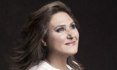 Η Λένα Αλκαίου εξηγεί γιατί κρατά τον πήχη της δουλειάς της ψηλά