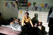 Πέτα τη φριτέζα: Ο Σωκράτης κάνει την εξομολόγηση του στη Φωτεινή (Photos)