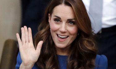 H Kate Middleton περπάτησε έξω από το παλάτι του Kensington και όλοι έχουν σοκαριστεί