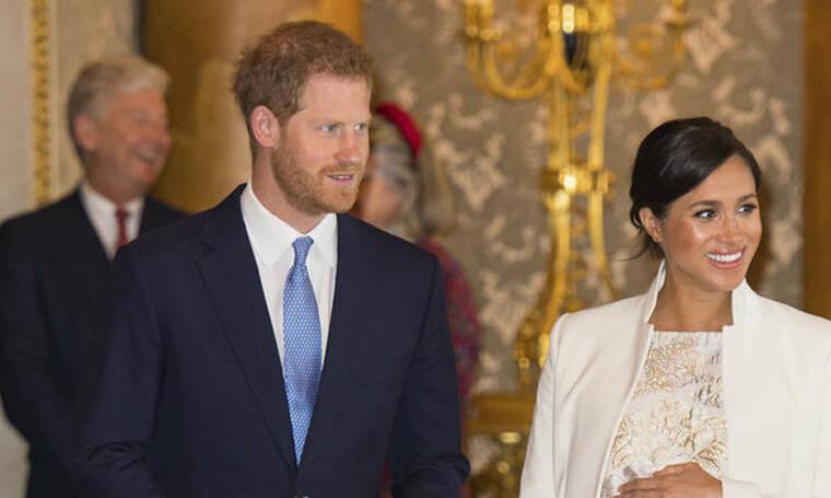 Γιατί ο πρίγκιπας Harry δεν φωτογραφίζεται ποτέ μόνος με τον George;