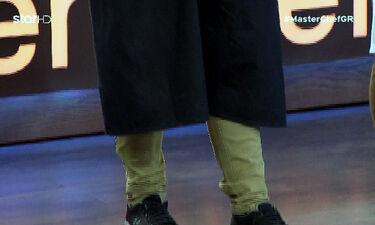 Master Chef: Εμφανίστηκε στο φετινό ριάλιτι μαγειρικής, με παντελόνι που φορούσε… πέρυσι!