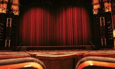 Η εξομολόγηση Έλληνα ηθοποιού: «Η γυναίκα μου με παράτησε και το έσκασε με το αφεντικό της»