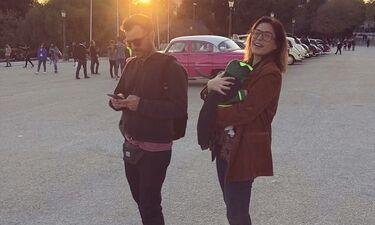 Κατερίνα Παπουτσάκη: Η γλυκιά φωτογραφία με τον σύζυγο της και τα παιχνίδια με τον μεγάλο γιο της