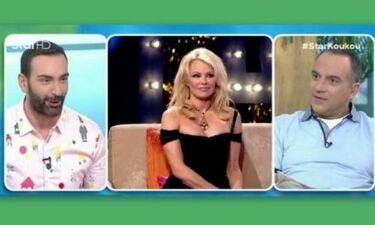 Αποκάλυψη από τον Κοκλώνη: «Η Pamela Anderson, στοίχισε πολλά… Εξαψήφιο ποσό»