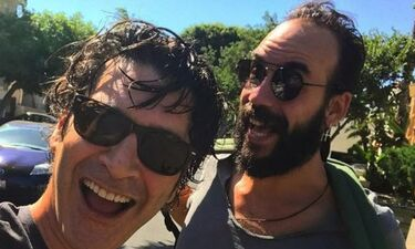 Χριστόφορος Παπακαλιάτης: Η φωτογραφία με τον Πάνο Μουζουράκη στο Instagram που κάνει… θραύση