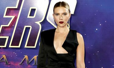 Scarlett Johansson: Με super sexy εμφάνιση στην πρεμιέρα του «Avengers»