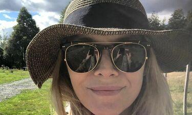 Michelle Pfeiffer: Το throwback της με νυφικό στον δρόμο σε αφήνει με το στόμα ανοιχτό