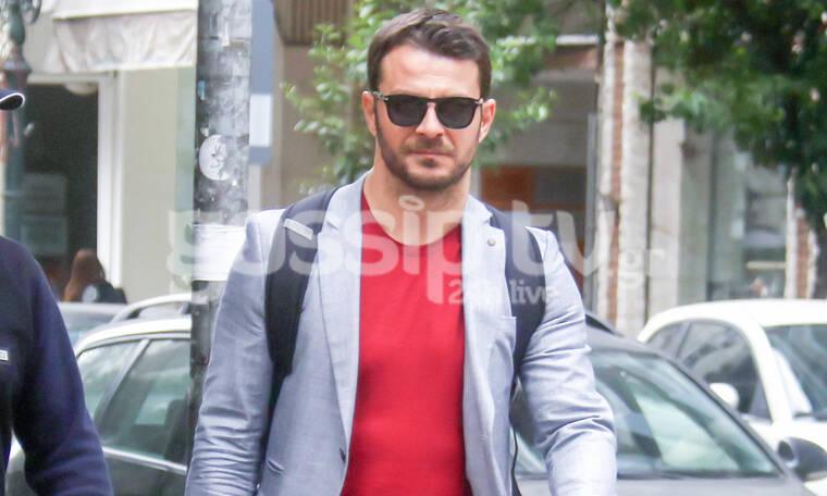 Γιώργος Αγγελόπουλος:Φόρεσε τα καλά του και τα μαύρα γυαλιά του και βόλταρε στη Θεσσαλονίκη (photos)
