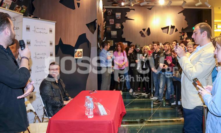 Το αδιαχώρητο στην παρουσίαση του καινούργιου δίσκου του Πλούταρχου στη Θεσσαλονίκη (photos)
