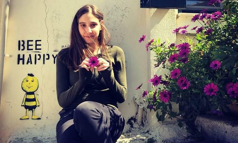 Φωτεινή Αθερίδου: Η φωτό με φουσκωμένη κοιλίτσα και το απολαυστικό βίντεο με τη γιαγιά της