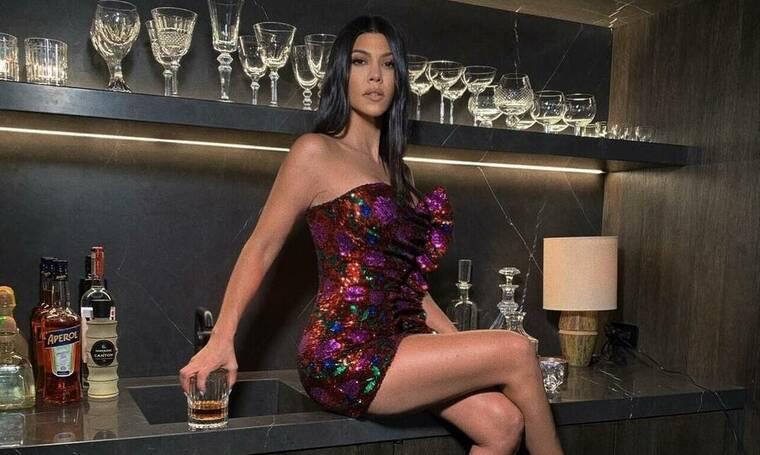 Kourtney Kardashian: Έγινε 40 χρονών! Το ξέφρενο πάρτι και η τούρτα υπερπαραγωγή (photos)