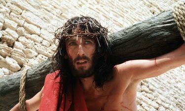 «Ο Ιησούς από τη Ναζαρέτ»: Απίστευτα νούμερα τηλεθέασης για τη σειρά του Τζεφιρέλι