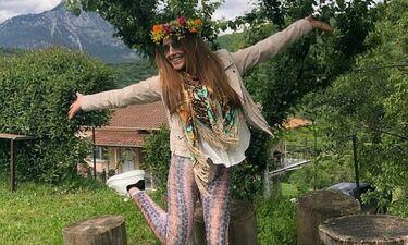 Έλενα Παπαρίζου: Το κορίτσι του Μάη- Δείτε που βρίσκεται η τραγουδίστρια (photos)